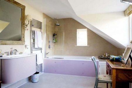 Ванная на мансарде