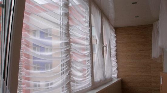 Тюль на балконе