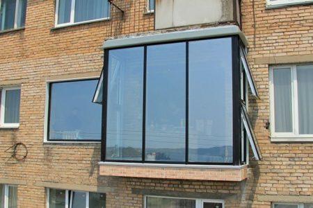 Затонированный балкон